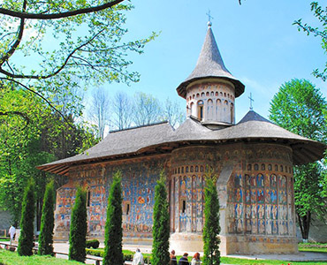 painted monasteries bucovina